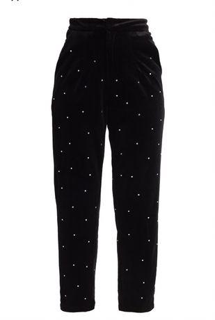 Spodnie materiałowe czarne NOWE Fashion Union Petit z perełkami roz 36