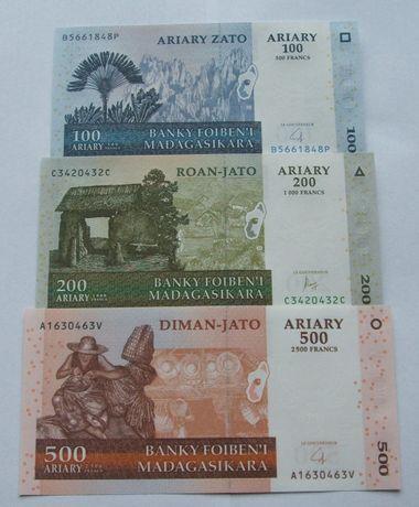Banknoty MADAGASKAR - Z PACZKI BANKOWEJ - Zestaw Kolekcjonerski