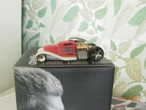 коллекционная модельная машинка HOT WHEELS 321(металл)