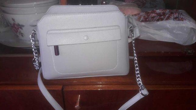 Нова сіра сумочка