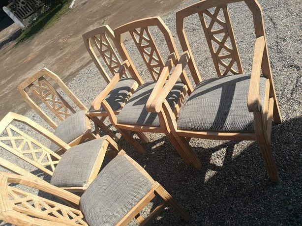 Krzesła sześć sztuk drzewo