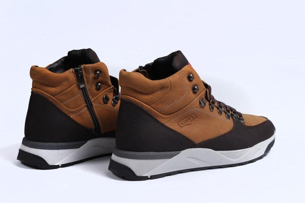 Обувь. Замша - Levi's ботинки, ливайс. Мужские, натуральный мех. Ужгород - изображение 1