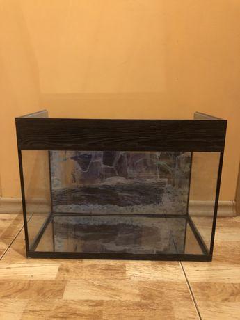 Продаю аквариум,23/44 см.