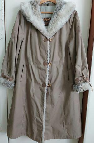Płaszcz damski ocieplany z kapturem