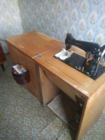 Швейная машинка б/ у