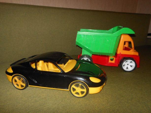 Машины: грузовик и Феррари