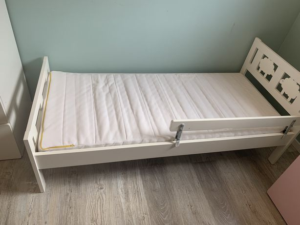 Sprzedam łóżeczko z materacem dziecięce Ikea