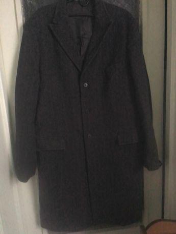 Мужское пальто демисезонное
