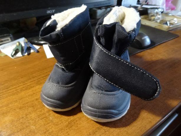 Детские ботиночки на липучках UK 3.5/4.5 Италия.