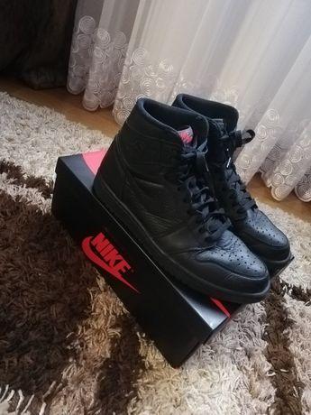 Buty Nike Air Jordan 1 High - Triple Black 44,5/28cm/10.5/11 [Czarne]
