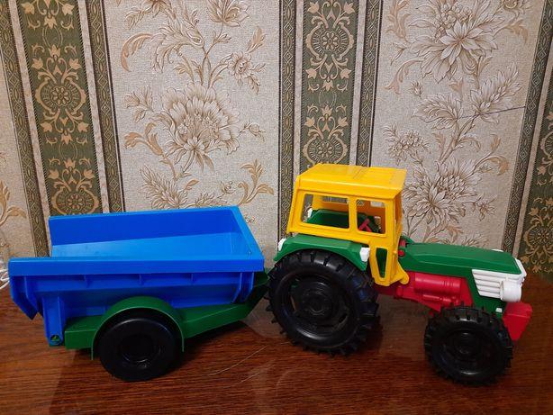 Іграшковий   трактор