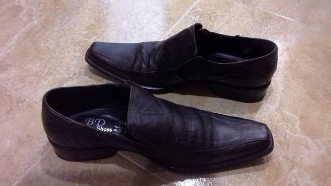 Sapatos homem pele castanhos