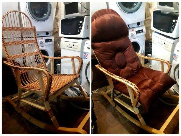 Кресло-качалка. (Доставка - читать описание).