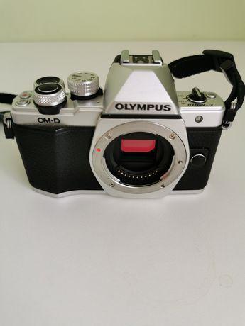 Olympus em10 mark ii - body