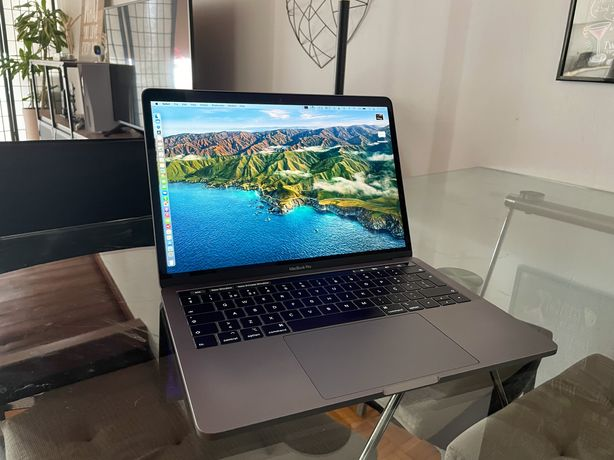 Macbook Pro 13 late 2019 - Quad-core I5 e acessórios