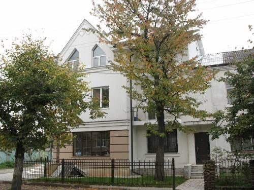 Будинок, частина будинку