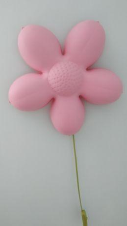 Lampa kwiatek Ikea do pokoju dziewczynki