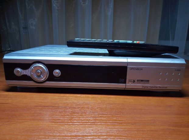 Спутниковый ресивер Openbox X800