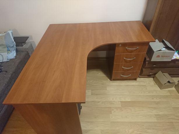 Письмовий стіл (офісний)