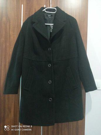 Czarny płaszcz ciążowy z wkładką niemowlęcą rozmiar 46