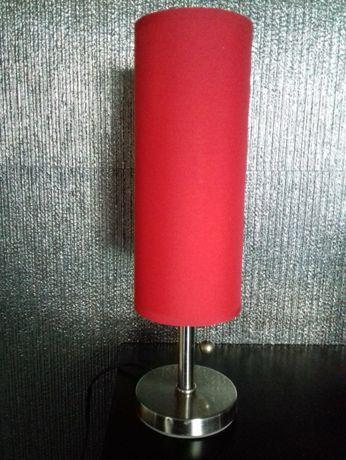 candeeiro de mesa vermelho