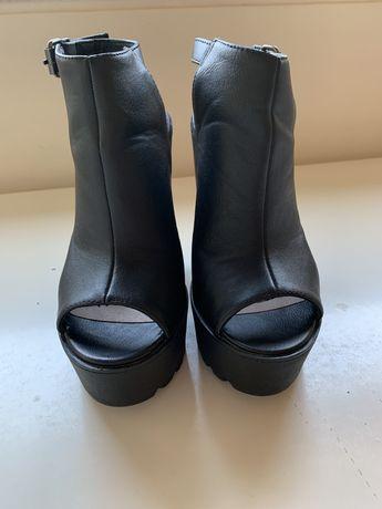 Sandalia bota