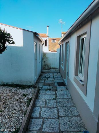 Estúdios em zona histórica de Coimbra