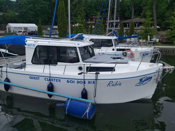 Wynajem czarter łodzi houseboat Quest 825 Jacht motorowy ,ogrzewanie