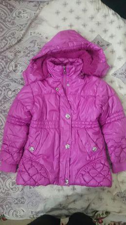 Осенняя куртка на девочку 5-6 лет