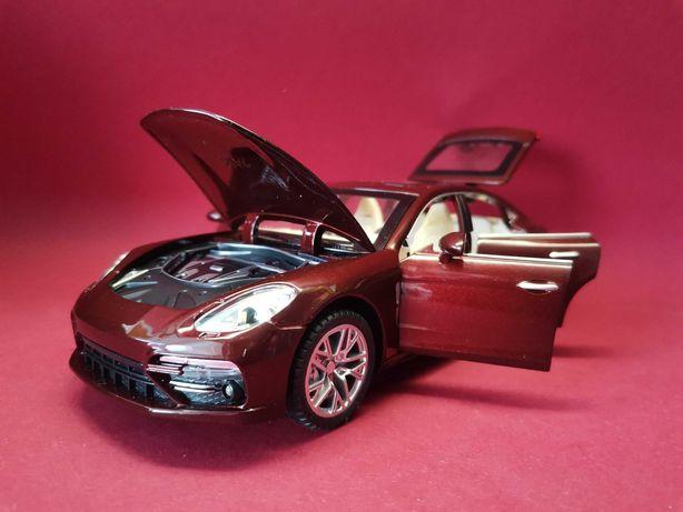 Новинка! Коллекционные машины Porsche Panamera 1:24 свет, звук,инерц