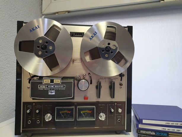 Magnetofon Akai GX-210d