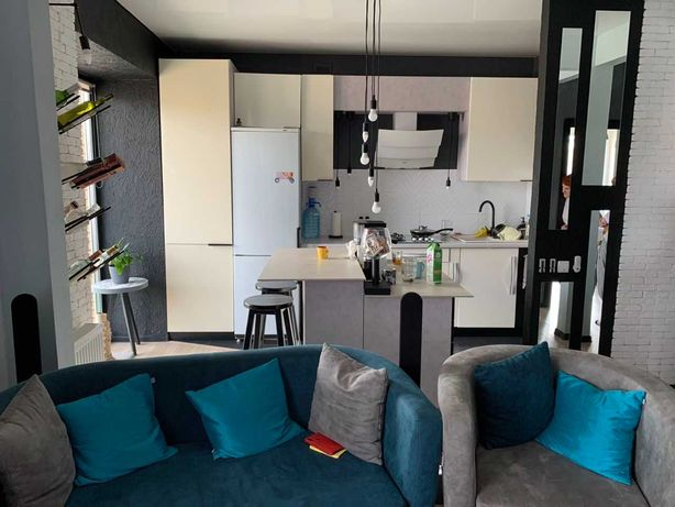 Сучасна та стильна 2 кімнатна квартира в новобудові.