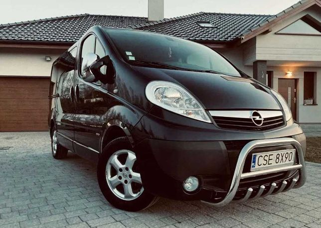 Opel Vivaro 2013 2.0 Дизель