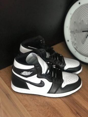 "Nike Air Jordan 1 Retro ""Black & White"""