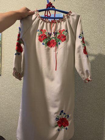 Украинское платье вышиванка