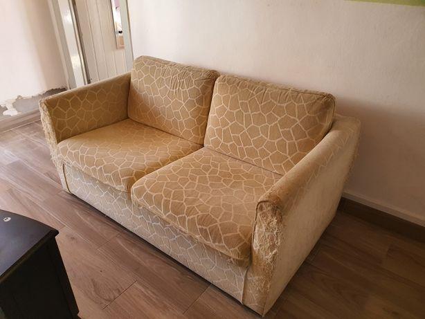 Dou sofá 2 lugares, para desocupar