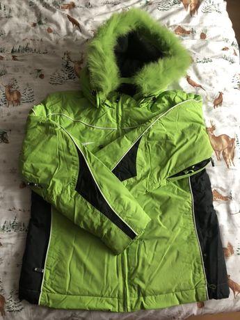 Damska ciepła kurtka zimowa - M