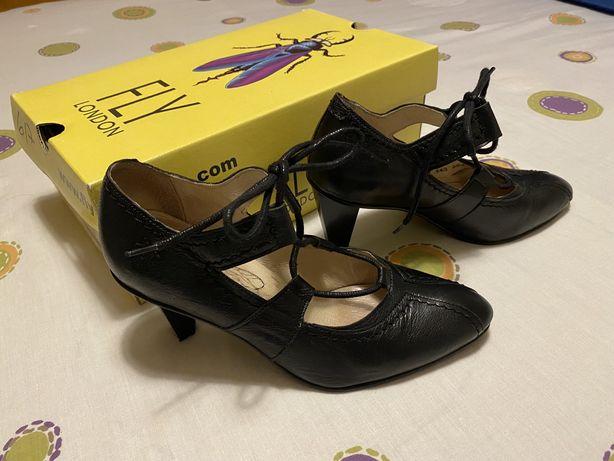 Sapatos Fly London 37