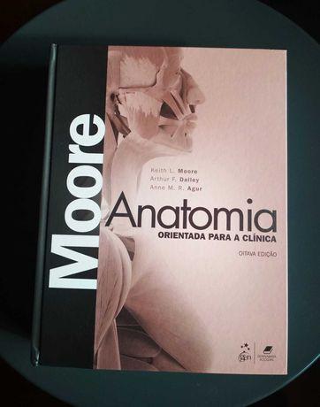 Moore: Anatomia Orientada Para a Clínica (8º edição) em PORTUGUÊS novo