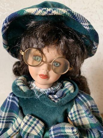 Almi Decor Lalka dziewczynka ozdoba figurka