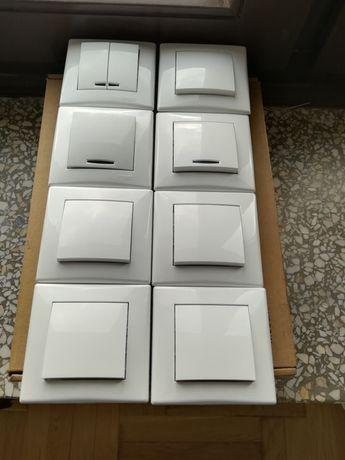 8 białych włączników Schneider Electric Sedna