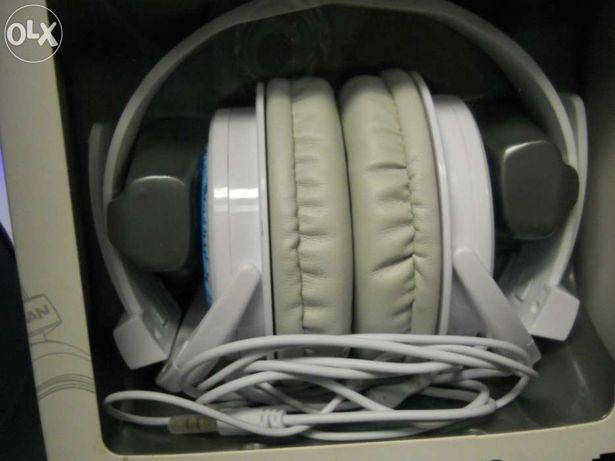 Headphones Halfmman