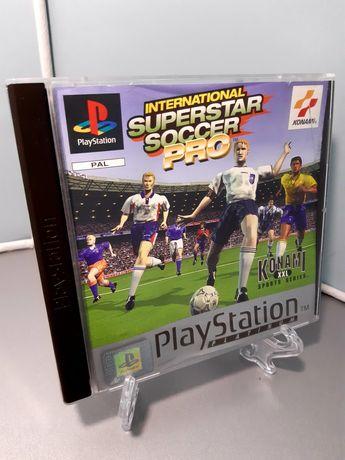 Jogo International Superstar Soccer Pro para a PS1 (Sony PlayStation)