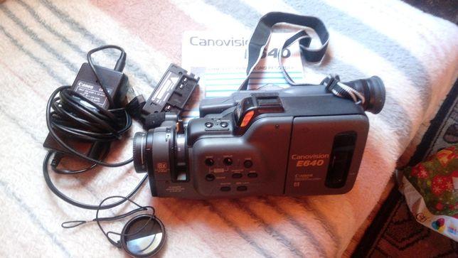 Видеокамера Canon E640