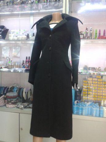 Пальто, чёрное