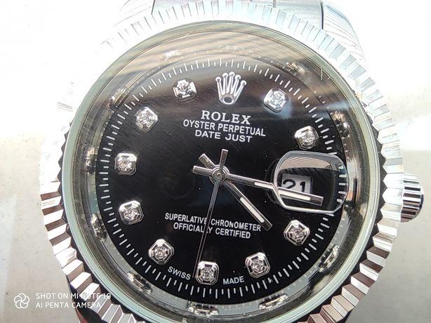 Zegarek męski analogowy datownik