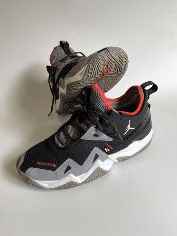 Aia Jordan кроси кросівки джордан фірма