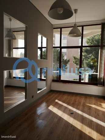 Escritório residencial T1 RENOVADO - Gaia Shopping