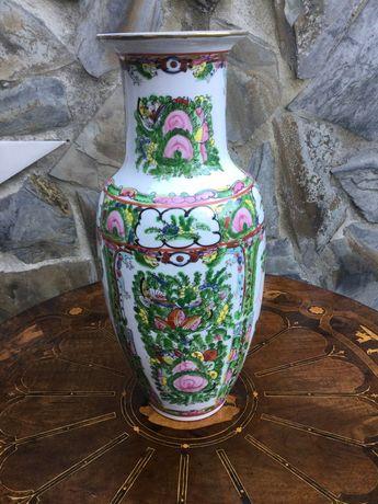 Jarrão jarra em porcelana chinesa Marcada 32 centímetros