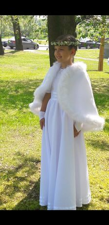 Piekna sukienka komunijna z parafii Kosakowo